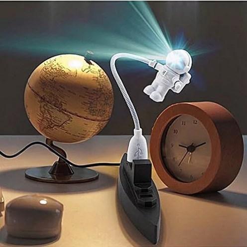 Luce USB astronauta