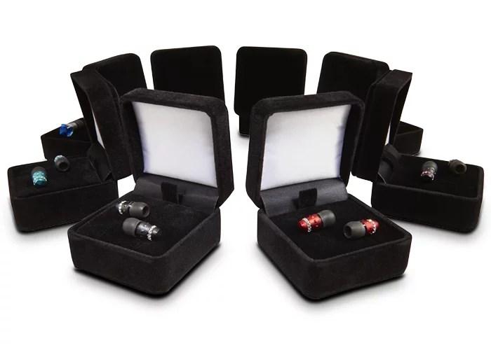 La confezione degli auricolari Maroo Audio sembra una scatolina di gioielleria