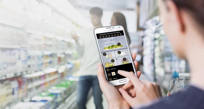 Samsung Family Hub: grazie a un'app potrai vedere il contenuto del frigo mentre fai la spesa