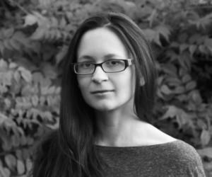 Tina_Connolly-author-headshot2-bw-539x450