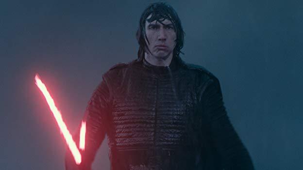 Rey en Kylo Ren vechten op Death Star