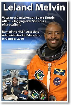 Leland Melvin-only astronaut AND NFL player