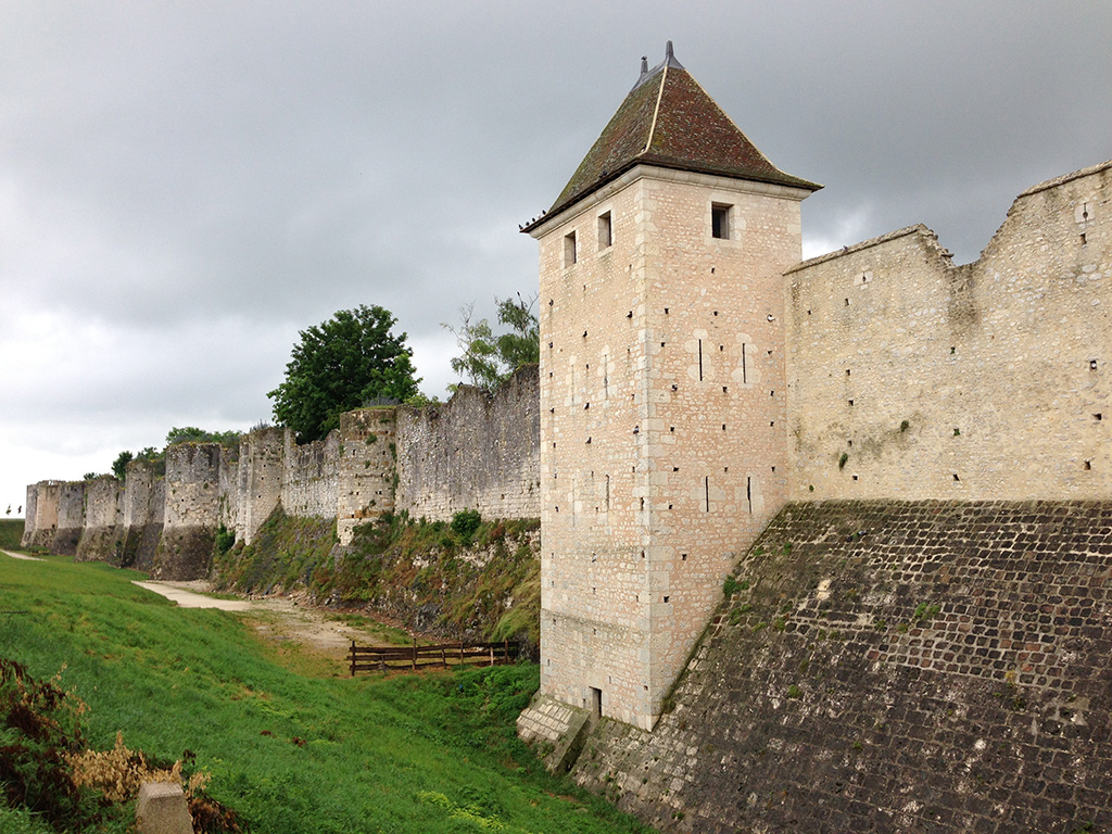 back to charlemagne s time a day in provins france geekometry. Black Bedroom Furniture Sets. Home Design Ideas