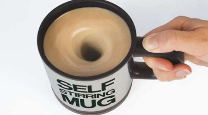 [Gadget] La tasse qui mélange automatiquement