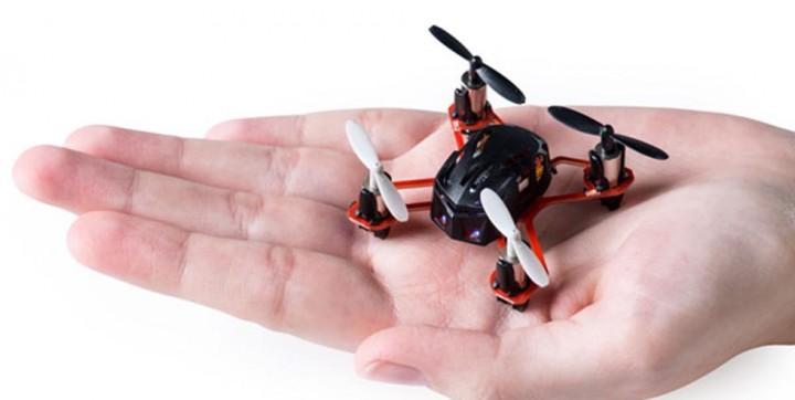 Test | Nano Quadrocopter Revell XS Control