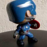 unboxing-civil-war-marvel-collector-funko-pop (14)