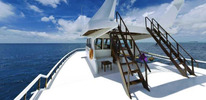 maavahi-your-maldives-liveaboard-outdoor-sundeck