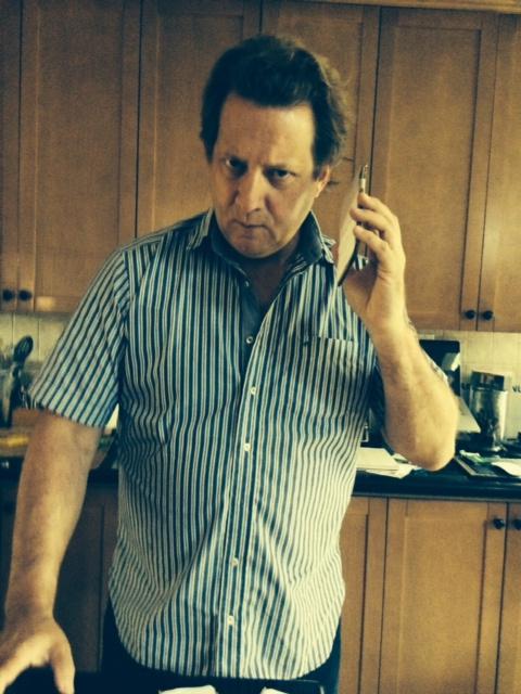 Phone-5-6-Plus-head-hand-test