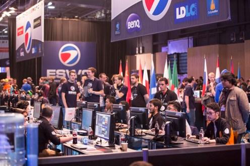 ESWC- PARIS - Gamers Au-dela du jeu - DOCU D