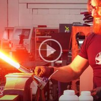 Check Out This Insane Retractable Plasma Lightsaber Build