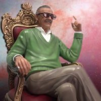 "New Stan Lee ""King of Cameos"" Master Craft Statue"