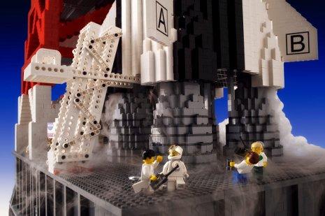 lego-rocket-2