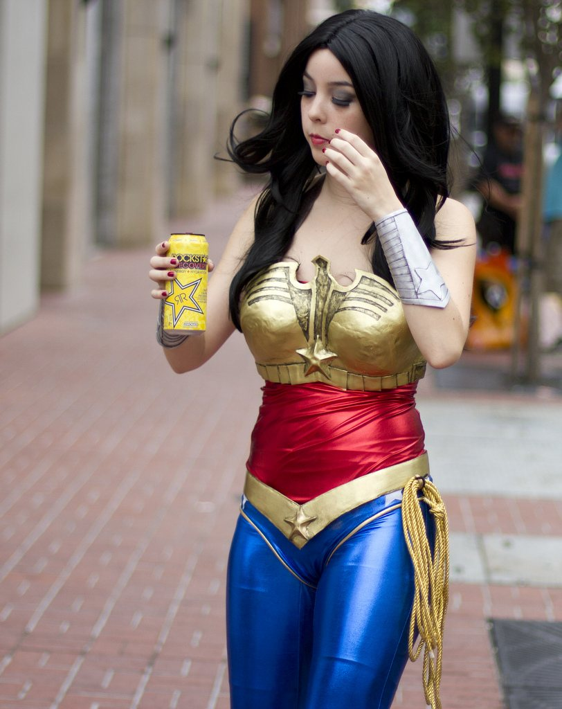 Wonder Woman - SDCC 2012 - San Diego Shooter