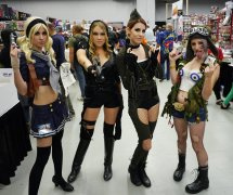 Sucker Punch Ladies and Tank Girl at Montreal Comic Con 2012