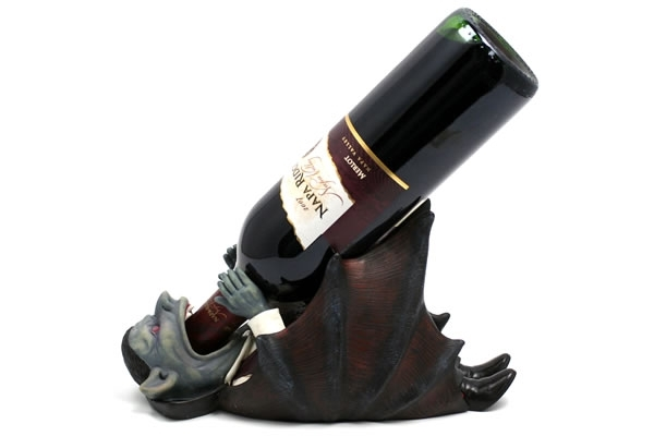 Vampire-Wine-Bottle-Holder