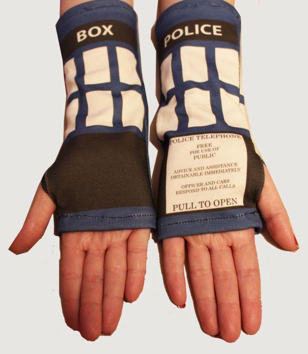 TARDIS armwarmers 2