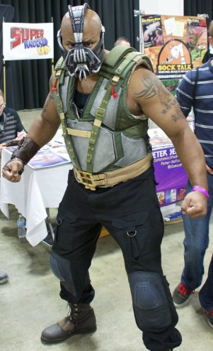 Bane (Boston Comic Con 2013) - Picture by cavedragon