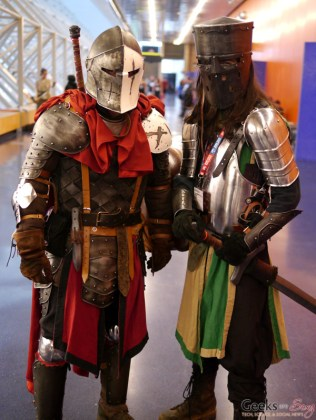 Knights - Montreal Comiccon 2016 - Photo by Geeks are Sexy