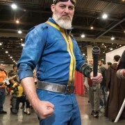 Vault 111 Dweller - Quebec City Comiccon 2016 - Photo by Geeks are Sexy
