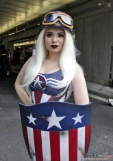 Pinup Captain America - New York Comic Con 2016 - Photo by Geeks are Sexy