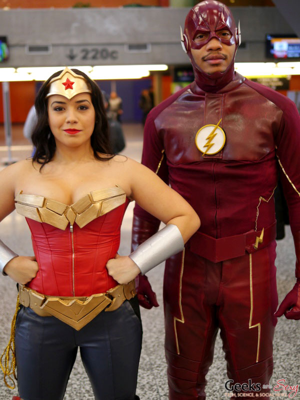 Wonder Woman and Flash - Montreal Mini Comiccon 2016 - Photo by Geeks are Sexy