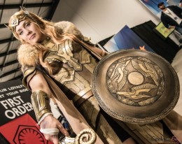 Queen Hippolyta (CAZ Art & Design) - Ottawa Comiccon 2017 - Photo by Geeks are Sexy