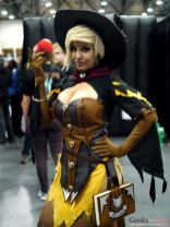 Witch Mercy Zarya – Quebec City Comic Con 2017 – Photo by Geeks are Sexy