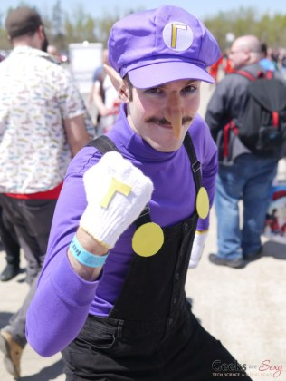 Waluigi - Ottawa Comiccon 2018 - Photo by Geeks are Sexy