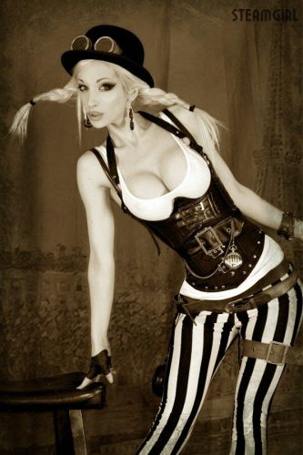 Steampunk Kato in Victorian Outfit