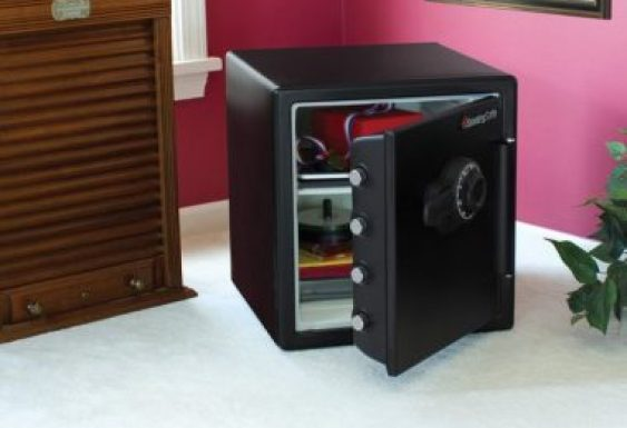 best electronic safes lockers in india