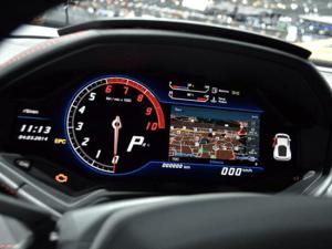 2015 Lamborghini digital instrument cluster