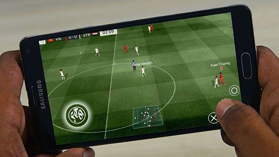 Download First Touch Soccer 2018 ( FTS 18 ) Apk + Data Mod