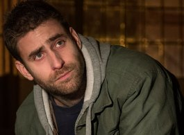 Interview: Oliver Jackson-Cohen Talks Netflix's 'The Haunting of Hill House'