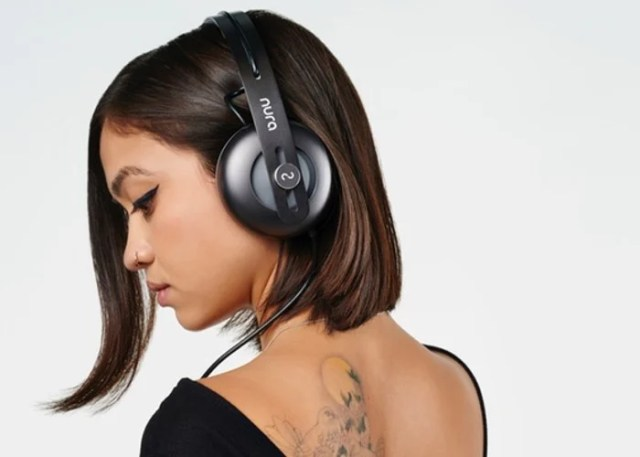 Nura Headphones Designed To Adapt To Your Individual Hearing