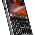 BlackBerry Bold 9900 and 9930 smartphones Review