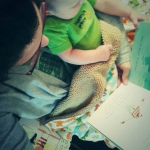 #Flashback #LoveMyLibraryCard: Why The Library Rocks When You're A Mom @ReadingInWinter