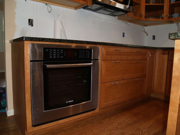 Kitchen Wall Oven with Microwave Cabinet