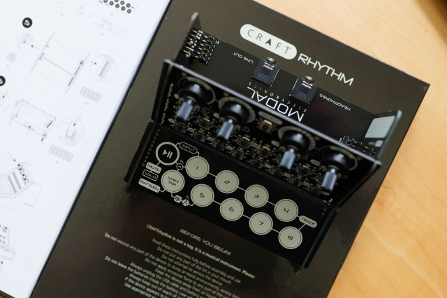 There's a 1:1 scale line drawing of the CRAFTrhythm in the manual/box art. Talk about detail!