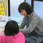 「子供たちの才能を見逃さない」美術教室の大迫先生にインタビュー
