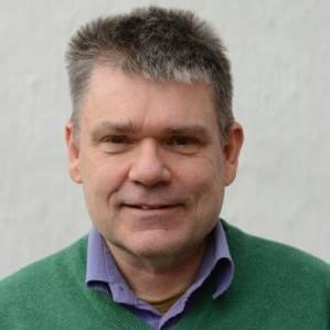 LOKALE FORLIS: Forsker og historiker Gunnar Molden håper å få høre historier fra Tromøy og nærområdet når han skal holde foredrag og kåsere over skipsforlis tirsdag på klubbhuset på Sandnes. Foto: Privat
