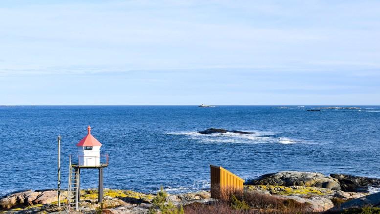 GITMERTANGEN: Lenger øst enn Gitmertangen er det ikke mulig å komme på Tromøy. Også her kommer geita inn i bildet. Foto: Esben Holm Eskelund