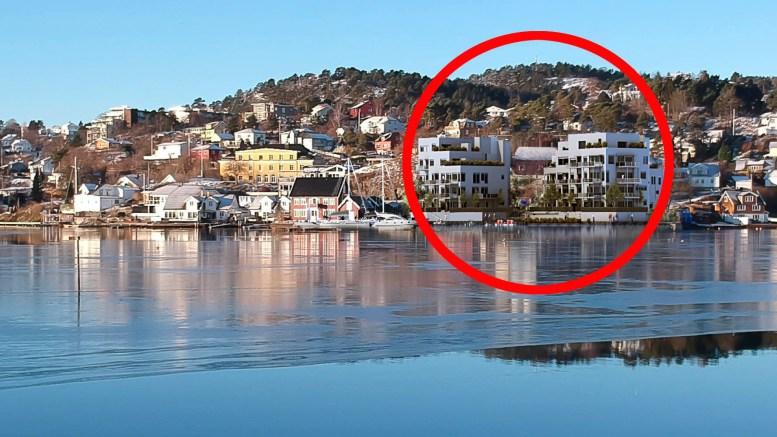 RUVENDE UTBYGGING: Selskapet Havstadodden ønsker å bygge 40 boenheter like ved Tromøysund. ILLUSTRAJONS: Trafo Arkitektur / Montasje