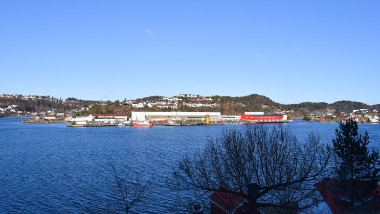 BRYGGEBYEN: Torsdag behandler bystyret utbyggingsforslaget fra Arendal Fossekompani om Vindholmen. Utbyggingen vil endre uttrykket i Tromøysund for alle fremtid. Foto: Esben Holm Eskelund