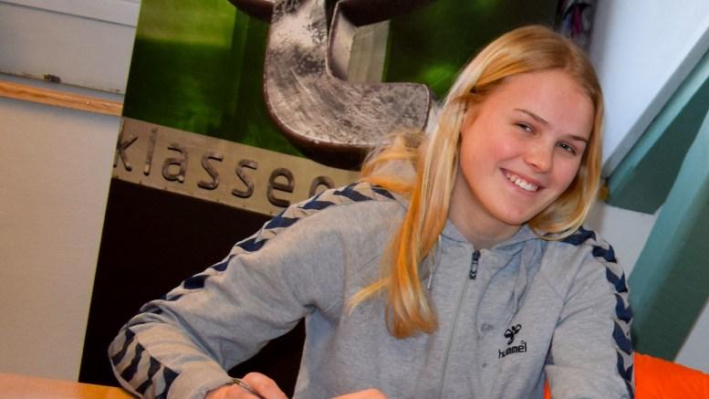HÅNDBALLTALENT: Trauma 02-spiller Fanny Skindlo er tatt ut på jentelandslaget. Arkivfoto