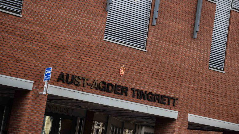 TINGRETTEN: Tromøy-mann i midten av 20-årene ble dømt for medvirkning til posttyverier og kortmisbruk. Foto: Esben Holm Eskelund