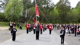 TROMØY SKOLEMUSIKKORPS: Korpset vil hver mandag frem til nasjonaldagen være veldig synlig på Tromøy. Trafikanter oppfordres til å vise hensyn. Foto: Esben Holm Eskelund