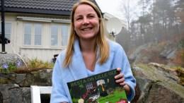 BARNEBOK: «Besta og Lille Ole» er tromøyforfatter Janne Mojlanens tredje bokutgivelse. Foto: Esben Holm Eskelund