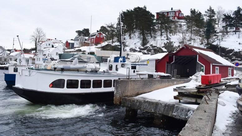 KONKURSTRUET: Skilsøferga AS var før påske truet av konkurs etter at skatteoppkreveren i Arendal og Froland rettet et krav på manglende betaling av merverdiavgift og tvangsbøter. Foto: Esben Holm Eskelund