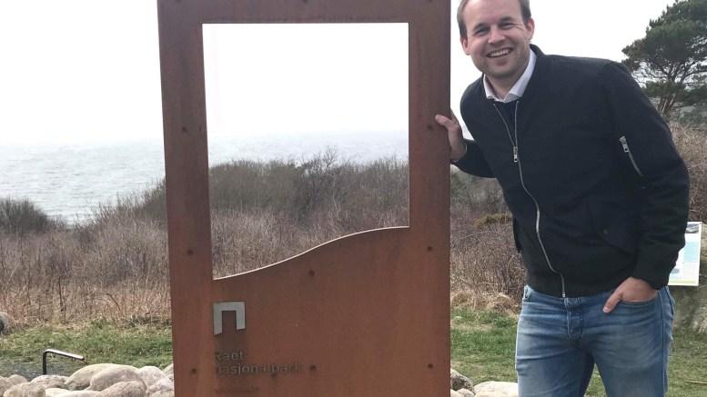 NASJONALPARKSENTER: Stortingsrepresentant Kjell Ingolf Ropstad (KrF) fikk gjennomslag for pengestøtte til forprosjekt for nasjonalparksenter på Hove. Her ved portalen på Spornes. Foto: Terje Østebø Eikin