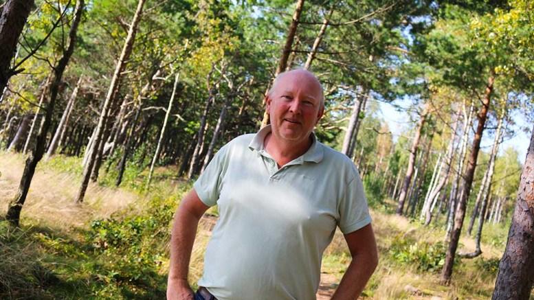 SPENNENDE PROSJEK: Terje Stalleland leder Hove drifts- og utviklingsselskap, og synes idéen om Teskjekjerringtunet er god. Han har likevel ikke helt tro på at det blir realisert. Arkivfoto: Esben Holm Eskelund